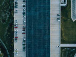 Des nouvelles applications pour le renouvelable avec les ombrières sur les aires de stationnement.